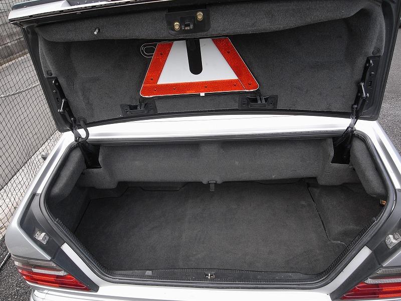 メルセデスベンツE320カブリオレ Mercedes Benz E320 carbriolet